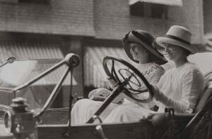 Женское такси история, распространение и преимущества